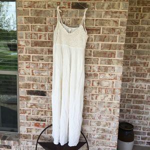 F21 Crochet Sweetheart Flowy White Maxi Dress 1X